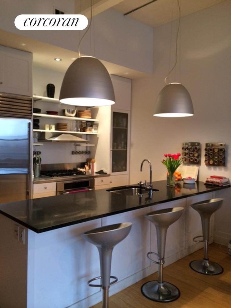 70 Washington Street, 12T, Kitchen