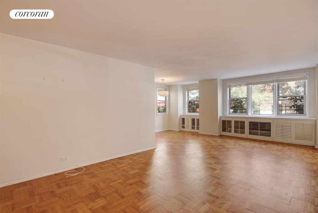 215 East 80th Street, 2J, Living Room / Dining Room