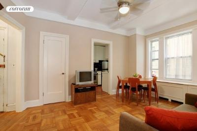 588 West End Avenue, 7C, Living Room
