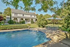 400 Water Terrace, Southold