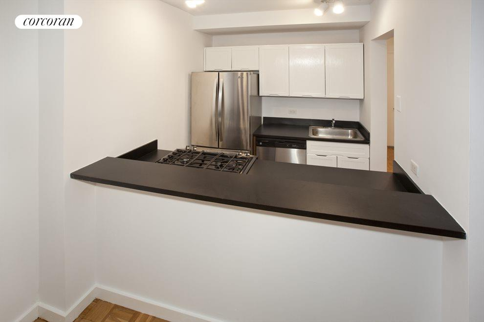 Breakfast Bar and Stainless Steel Appliances
