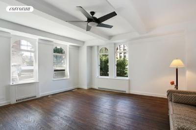 470 West 24th Street, 2B, Living Room