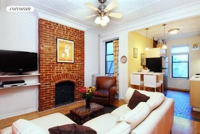 709 Carroll Street, 2L, Living Room
