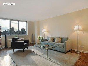 345 East 93rd Street, 20E, office area