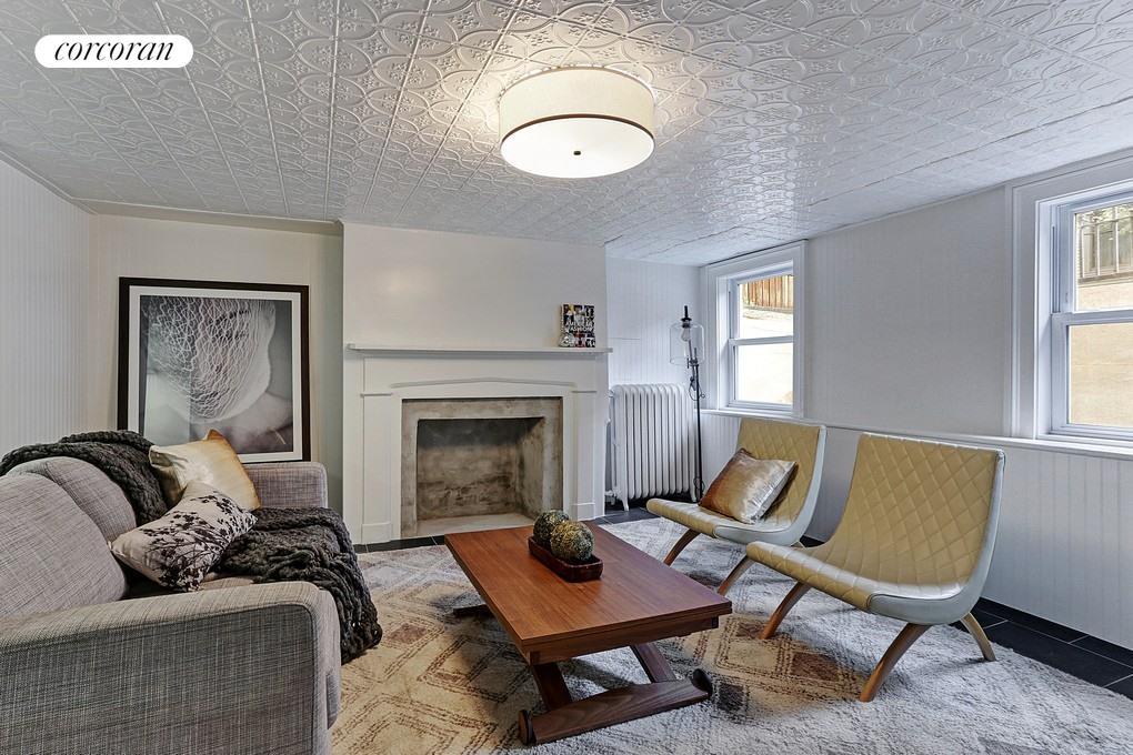 209 Guernsey Street Living Room