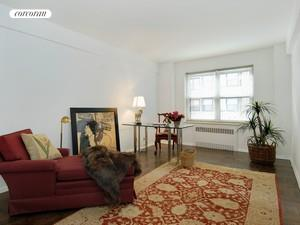 1025 Fifth Avenue, 9AN, Living Room