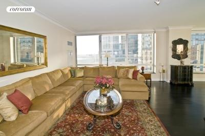150 COLUMBUS AVE, 10A, Living Room