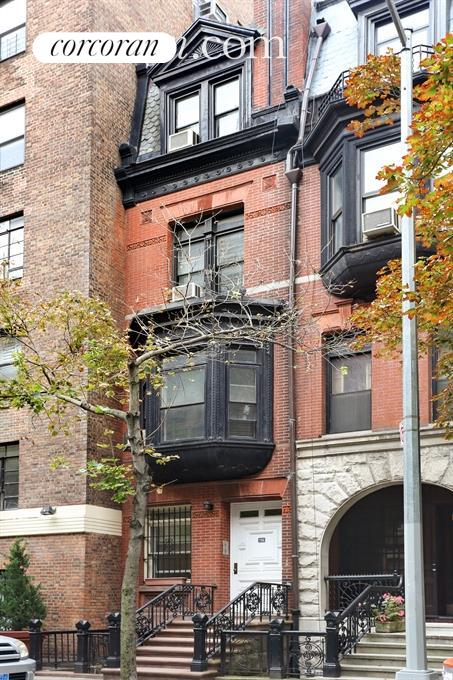 156 East 89th Street, Building Exterior