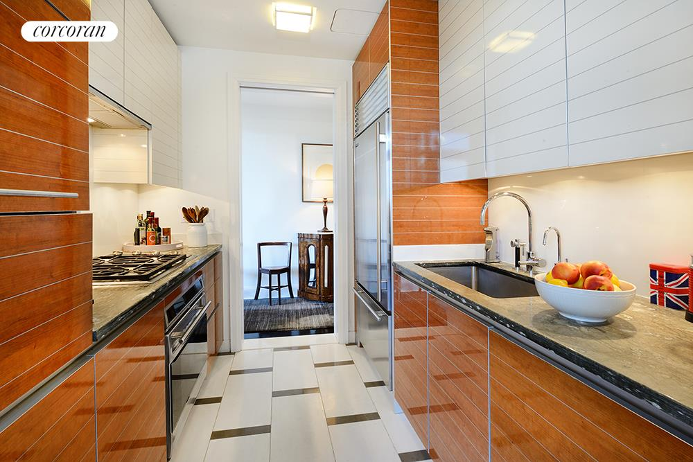 Corcoran, 170 East End Avenue, Apt. 5J, Upper East Side Real Estate ...