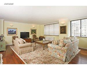 45 West 67th Street, 25-26D, Living Room