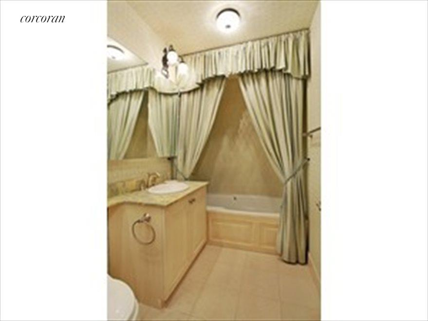 New York City Real Estate | View 22 West 15th Street, #PHB | Master bath