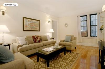 304 West 89th Street, 1A, Living Room