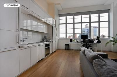 27-28 Thomson Avenue, 548, Kitchen