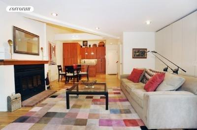 357 West 29th Street, 1A, Living Room