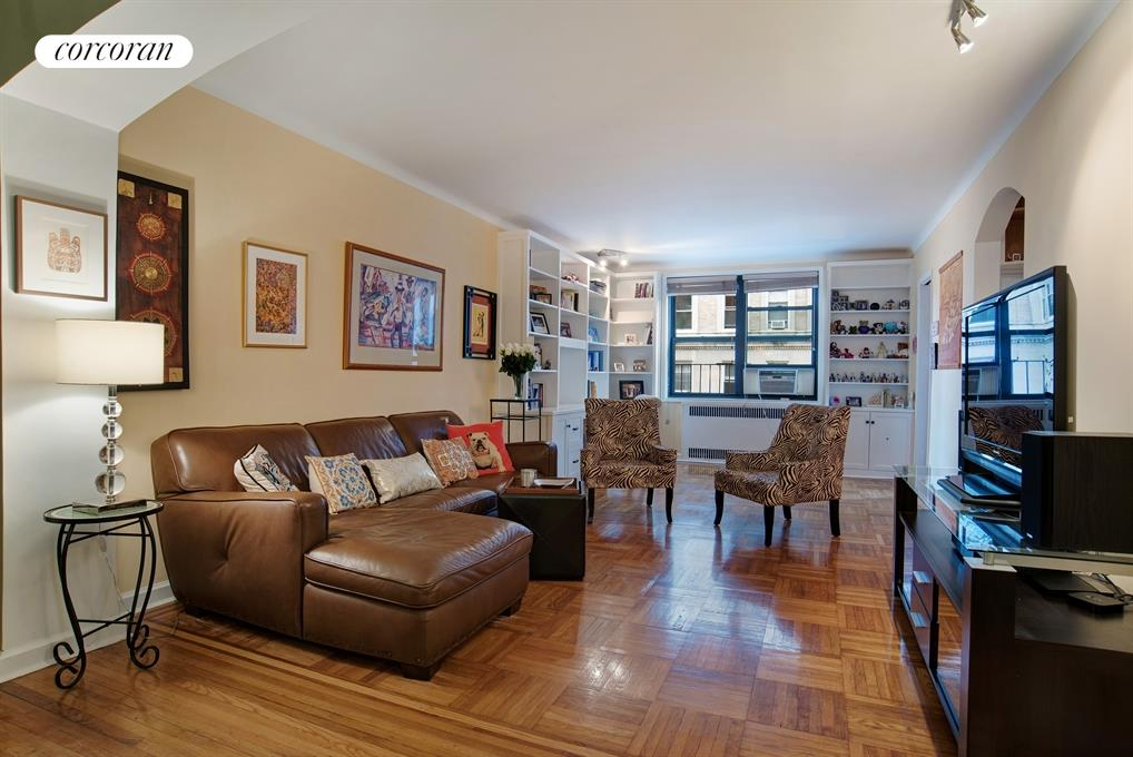 40 Prospect Park West, 3J, Open and spacious...