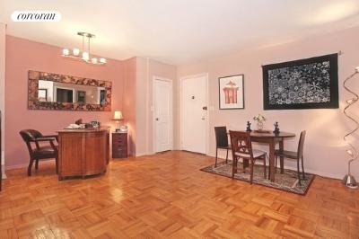 63 East 9th Street, 4R, Living Room