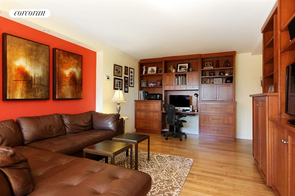 1725 York Avenue, 11E, Sunny, Eastern Facing Spacious Living Room