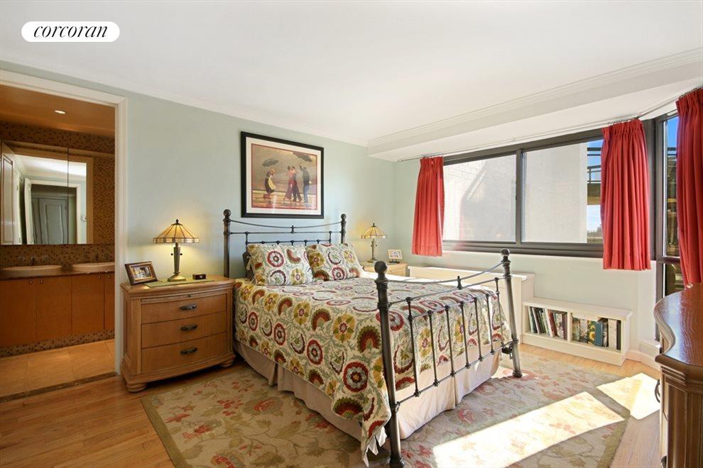 King Sized Master Bedroom