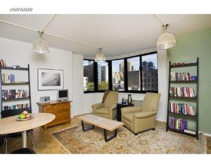 2000 Broadway, 7A, Living Room