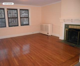 251A Brooklyn Avenue, DUPLEX, Living Room