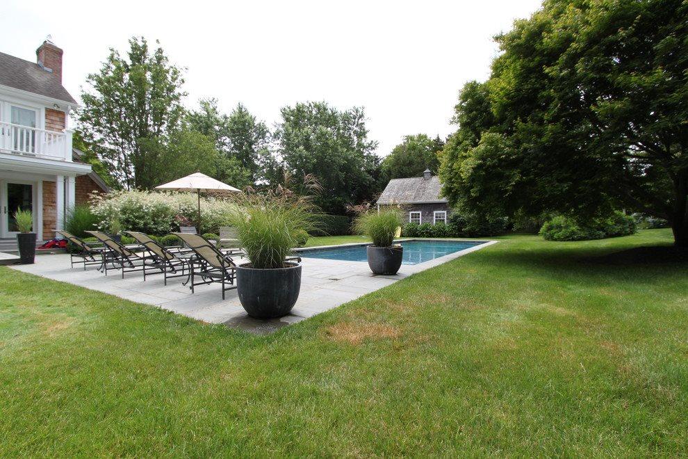 Pool & Garage