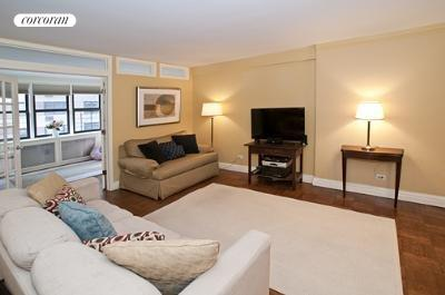 241 East 76th Street, 3F, Living Room