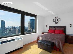 100 West 39th Street, 41I, Bedroom