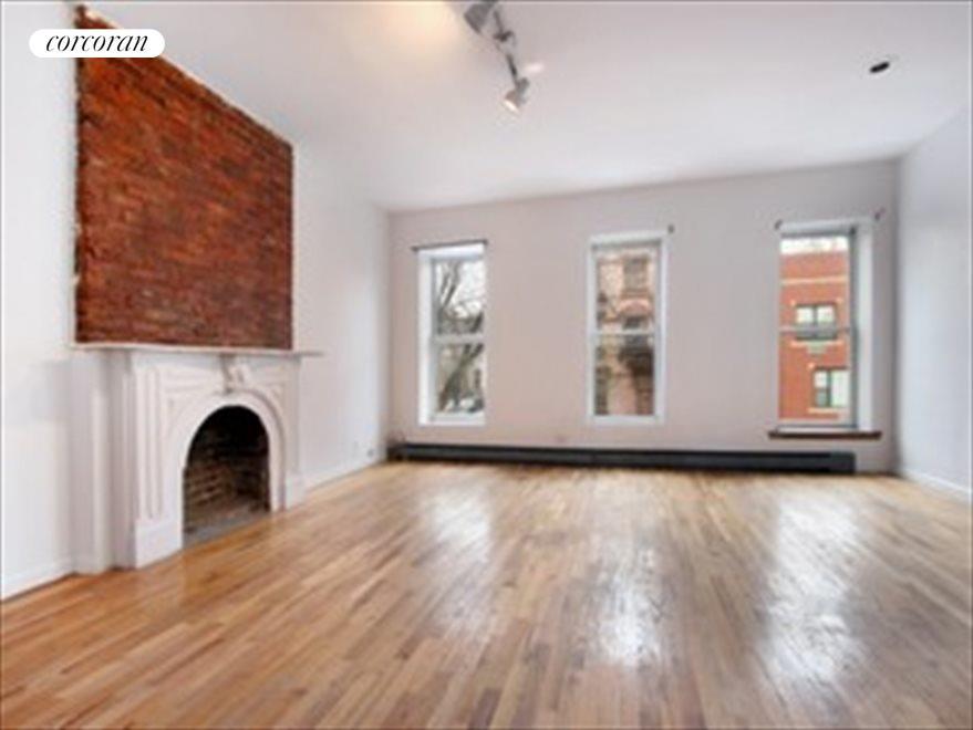 Living Room / Dining, Upper Dplx