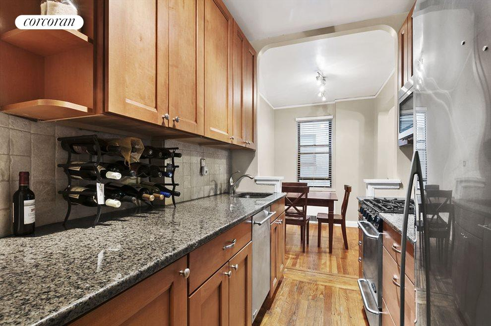 Fully updated kitchen with stainless appliances