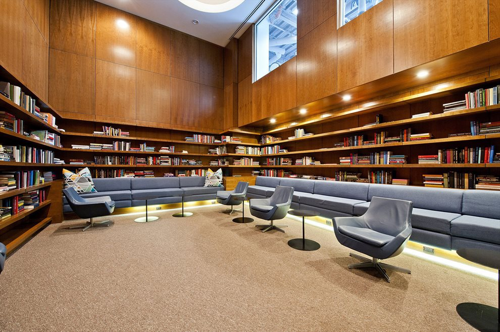 Residents Library Lounge