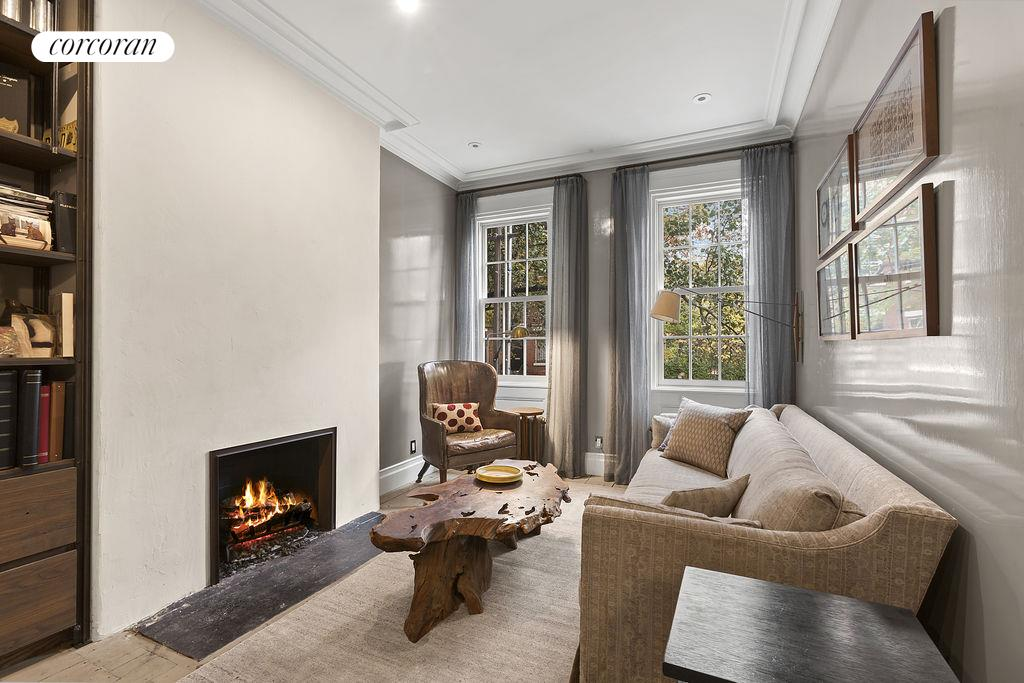 Corcoran 95 barrow street west village rentals for Townhouse for rent nyc