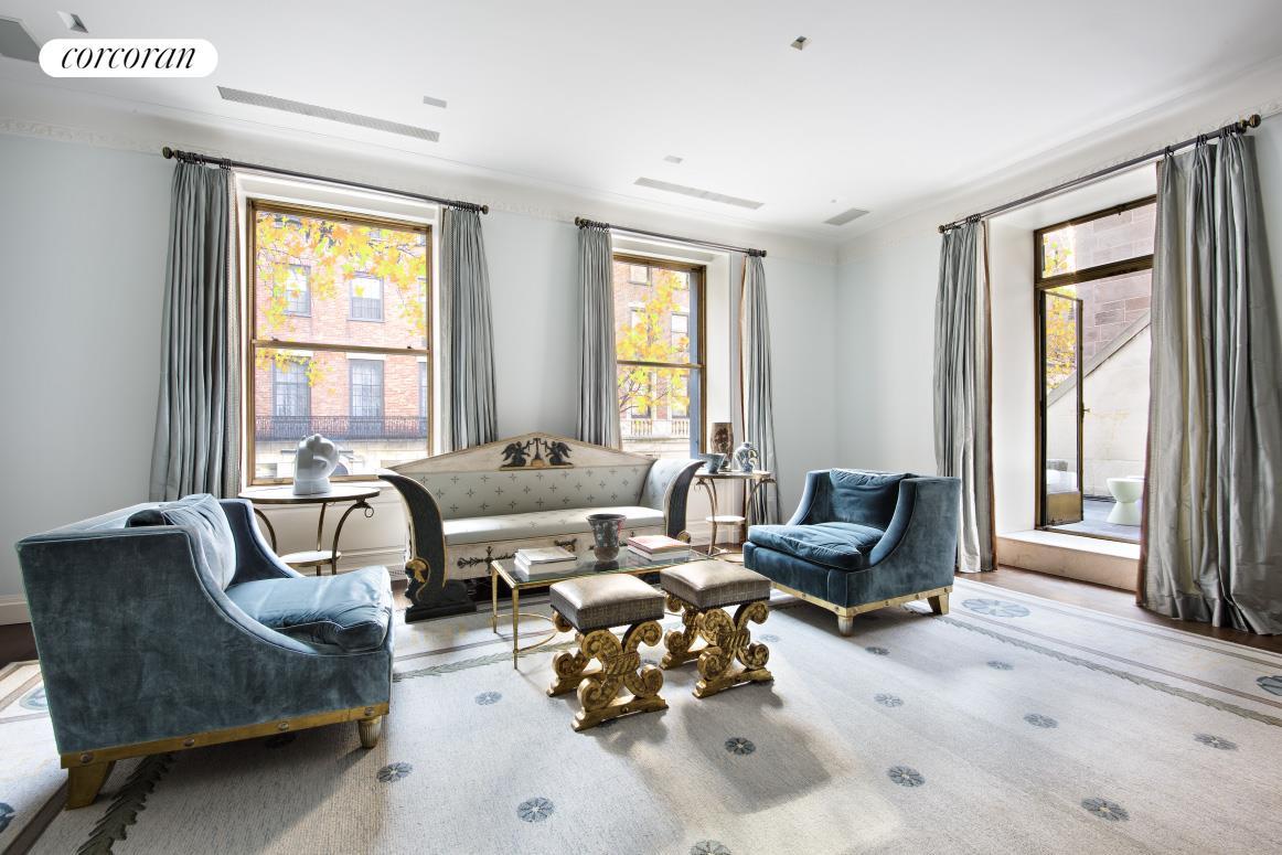 740 Park Avenue 2 Living Room