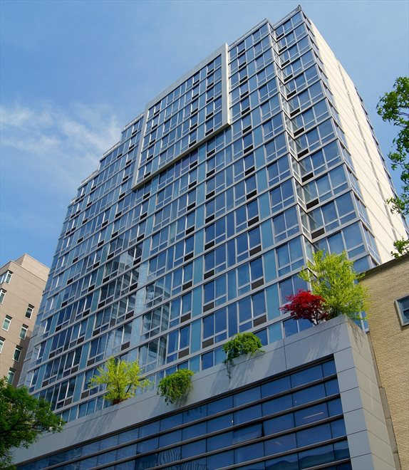 The Hudson Apartment Building | View 225 West 60th Street | room 1