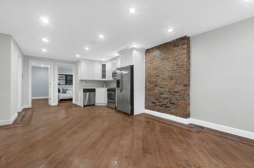 Garden Floor Living Area