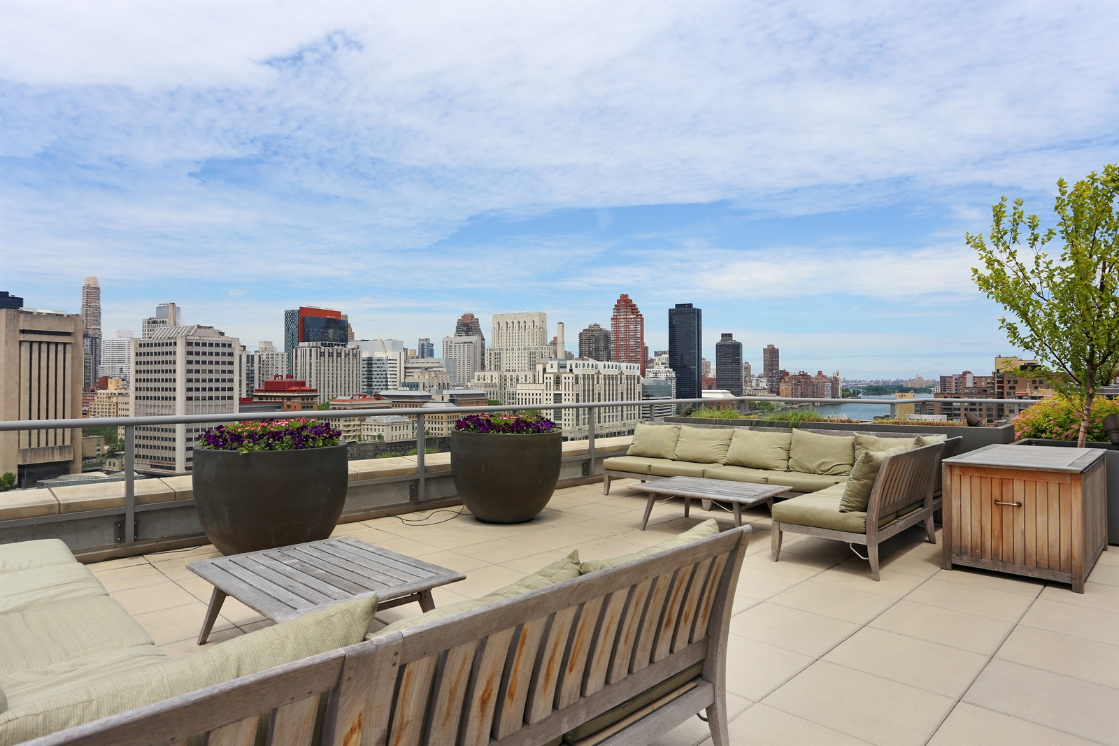 415 MAIN ST, 10A, View