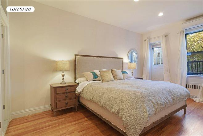 177 14th Street, 2, Generously proportioned rooms...