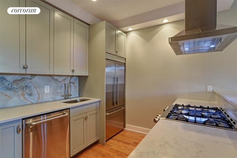 810 Bergen St, GARDEN - Prospect Heights, New York