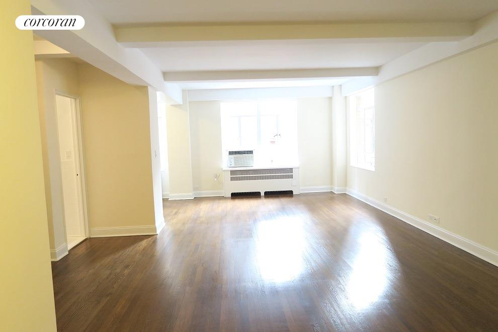 240 Central Park South, 6O, Living Room