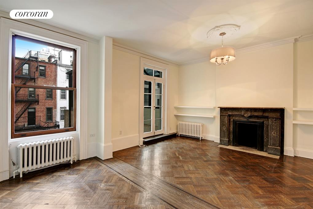 7 East 81st Street, 4, Spacious Living Room with WBF