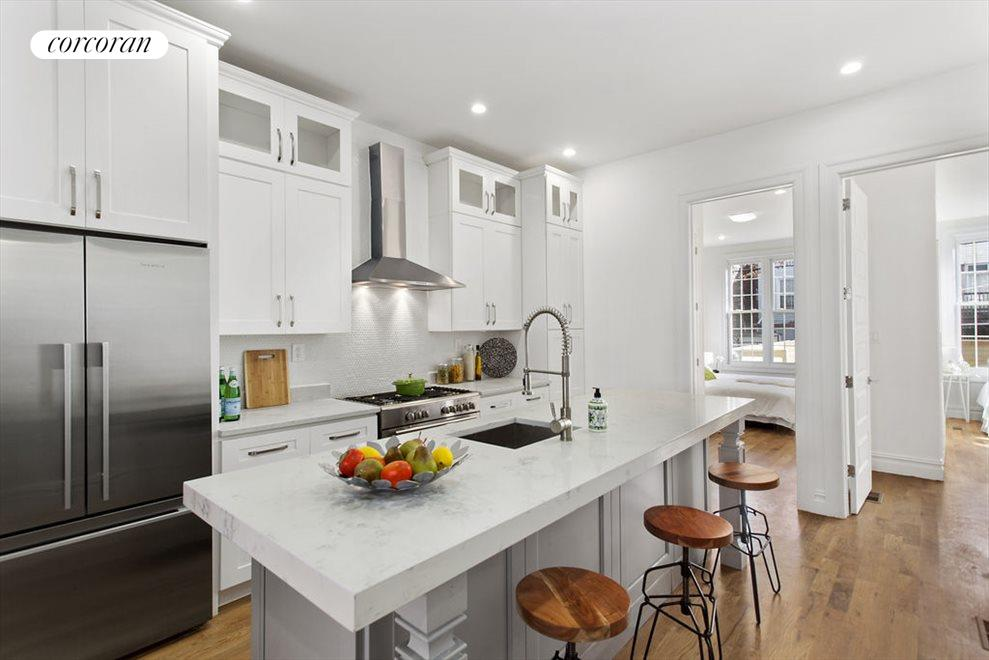 Eat In Kitchen with center island