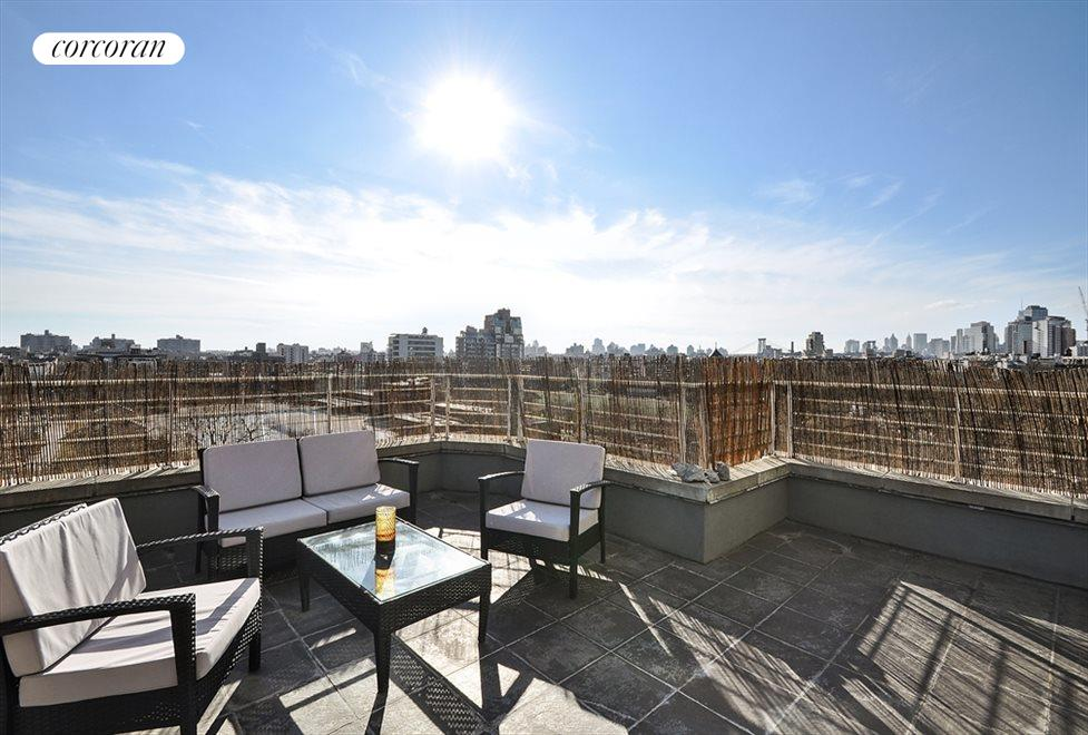 New York City Real Estate | View 524 Manhattan Avenue, #7 | 2 Beds, 2 Baths