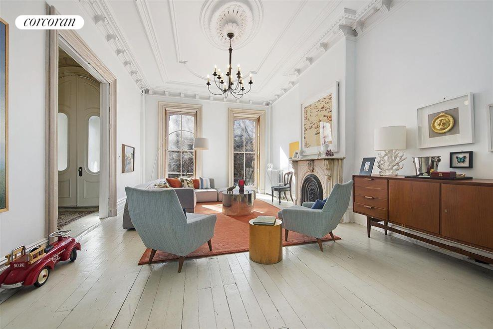 Parlor Floor Living Area