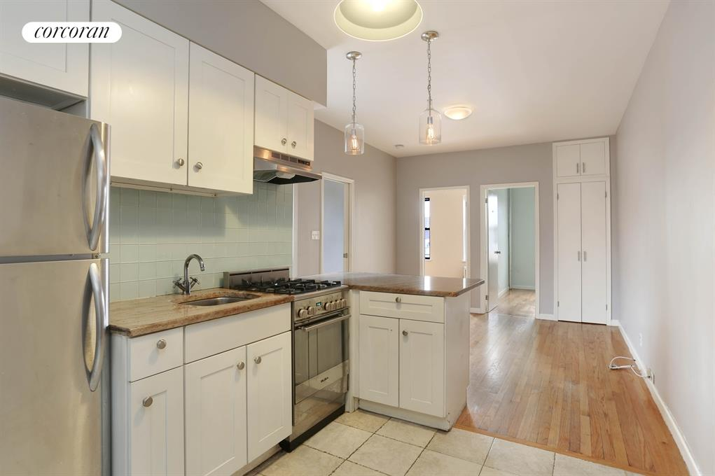 225 South 3rd Street, 23, Kitchen