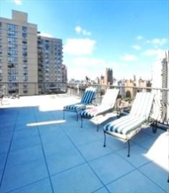 Forum Apartment Building | View 343 East 74th Street | Roof deck