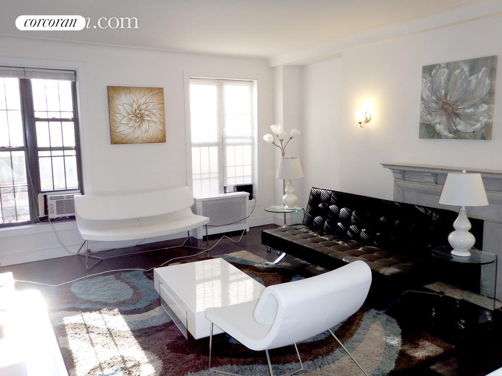 15 West 55th Street, 3D, Living Room