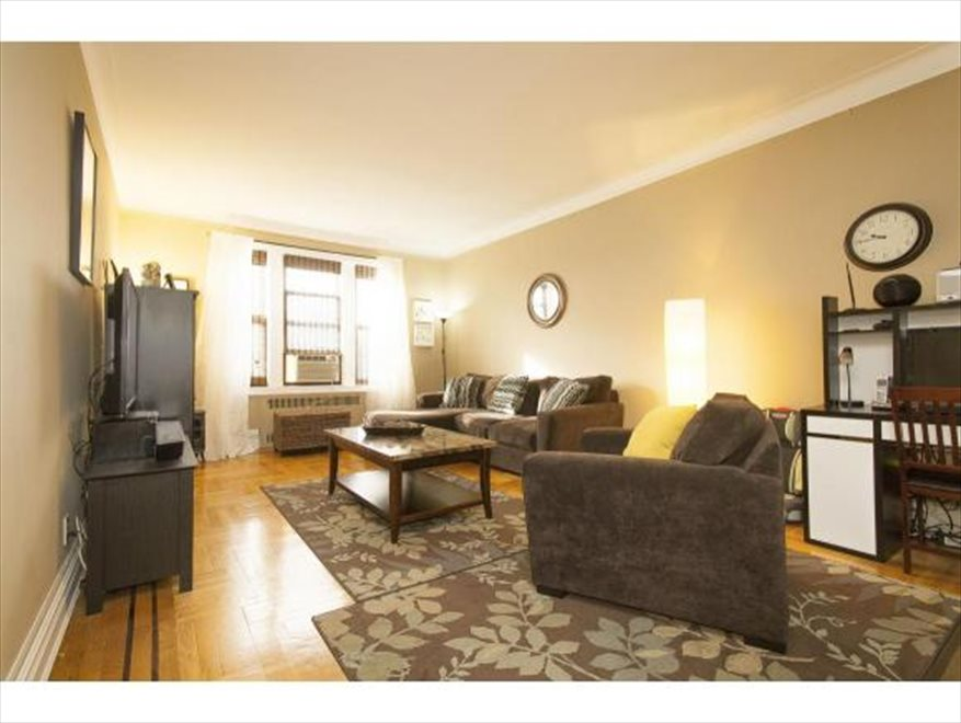New York City Real Estate | View Avenue I | room 1