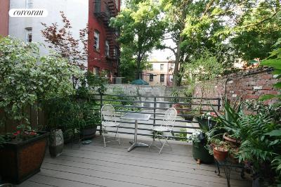 433 Warren Street, THC, Outdoor Space
