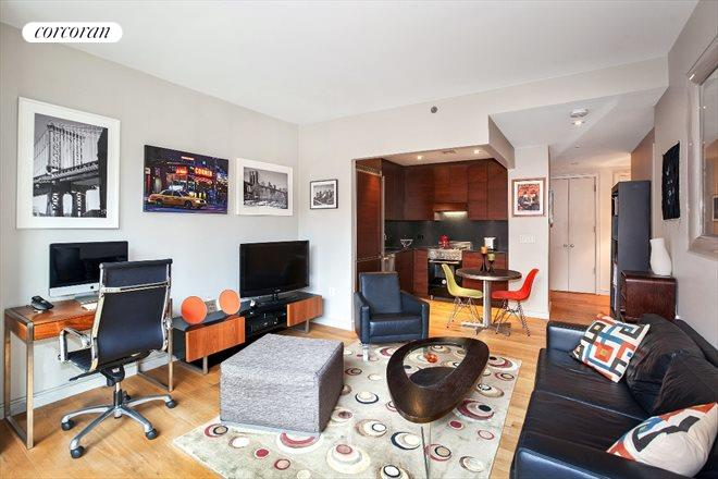 540 West 28th Street, 5A, Living Room