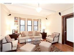 157 East 72nd Street, 10A, Living Room