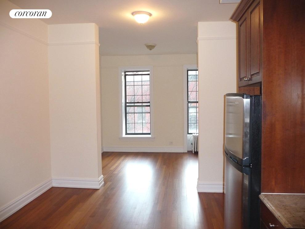 155 East 85th Street, 41, Living Room